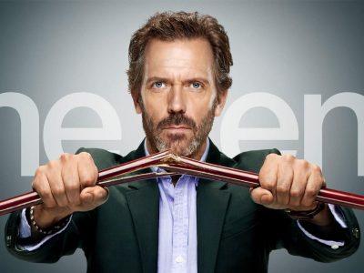 Hugh Laurie en la portada final de Dr. House