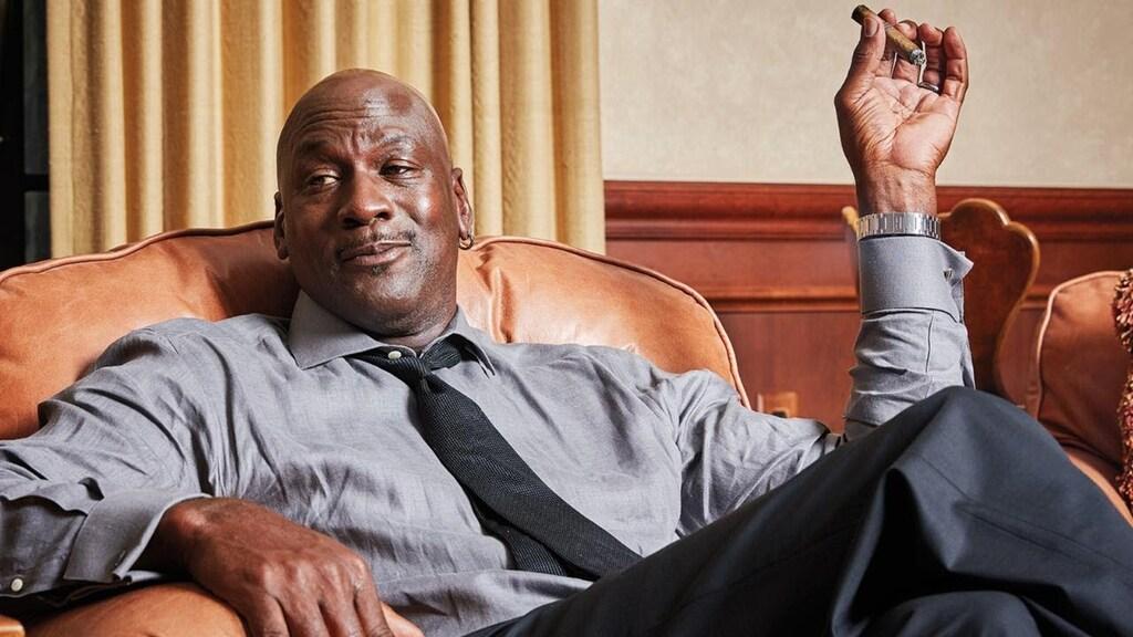 Michael Jordan fumando