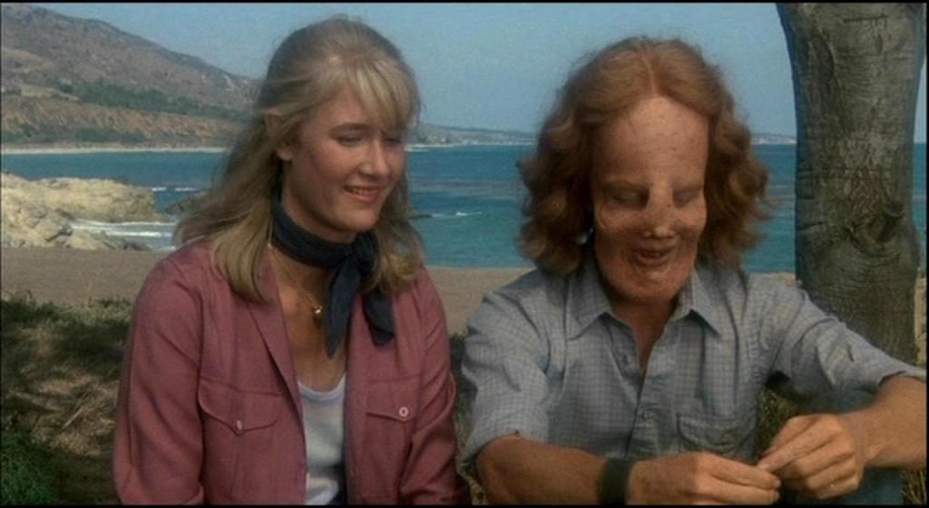 Laura Dern y Eric Stotlz en 'Máscara'