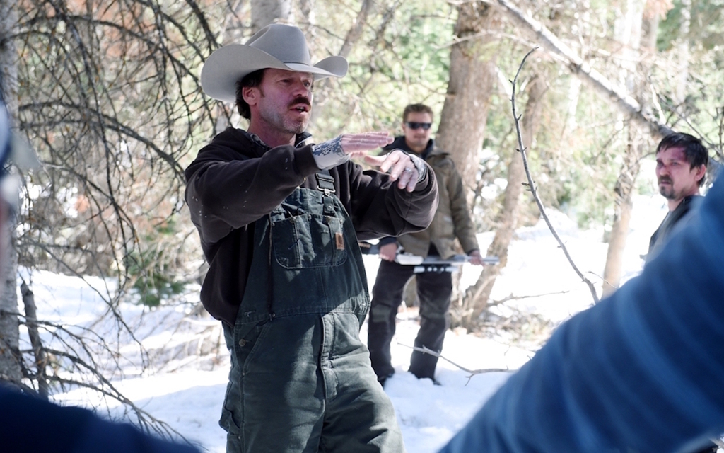 Taylor Sheridant durante el rodaje de Wind River