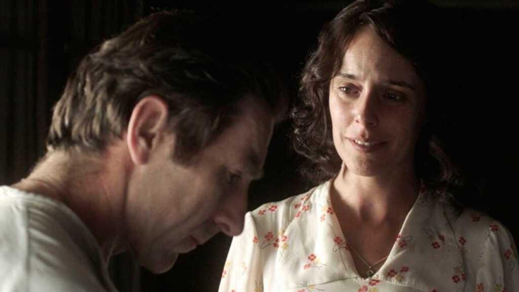 Higinio (Antonio de la Torre) y Rosa (Belén Cuesta) en 'La trinchera infinita'