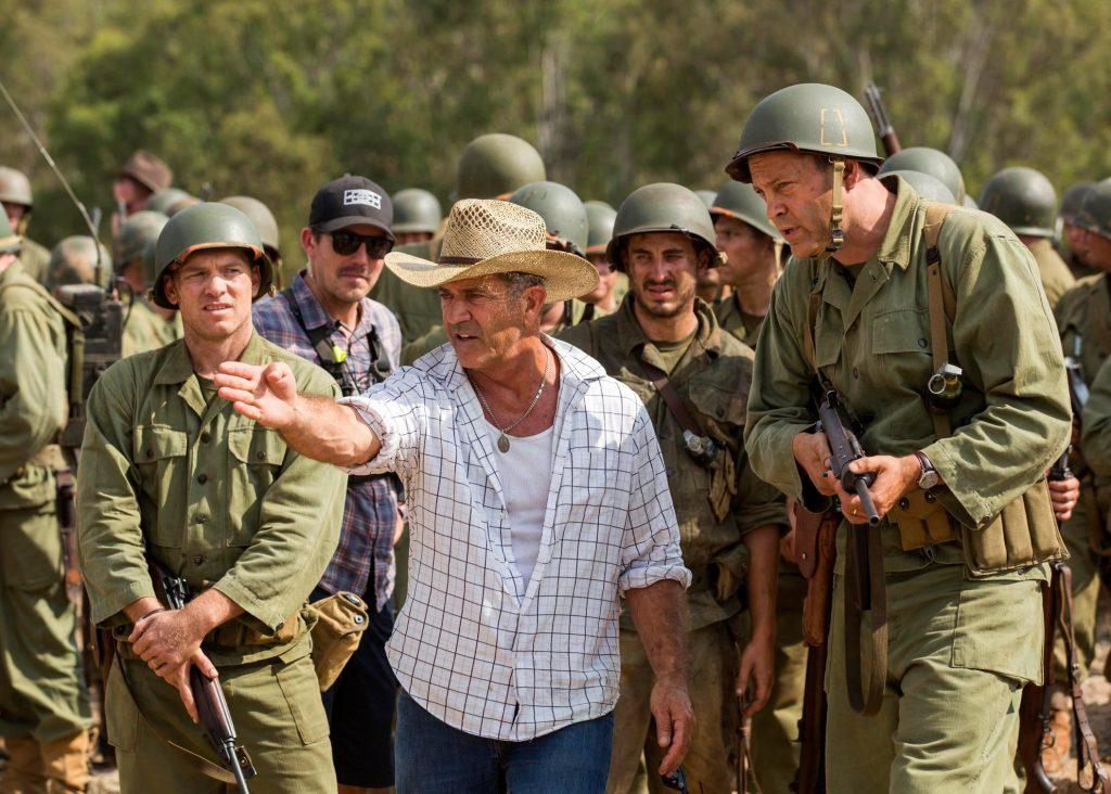 Sam Worthington y Vince Vaughn junto a Mel Gibson