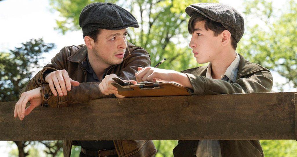 Anthony Boyle junto a Caleb Malis en 'La conjura contra América'